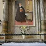 Ołtarz boczny w kościele, gdzie złożone są relikwie bł. Florydy